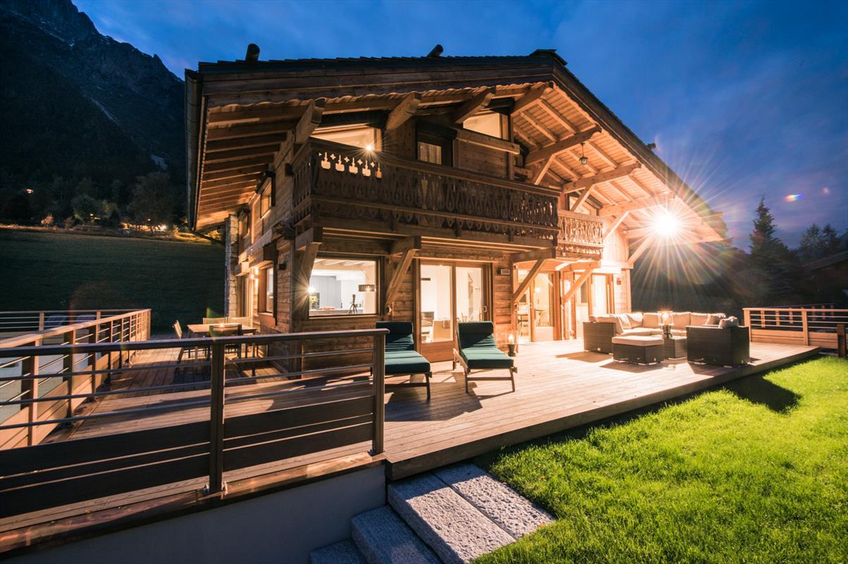 Voir le détail pour Villa 6 chambres (300 m2)