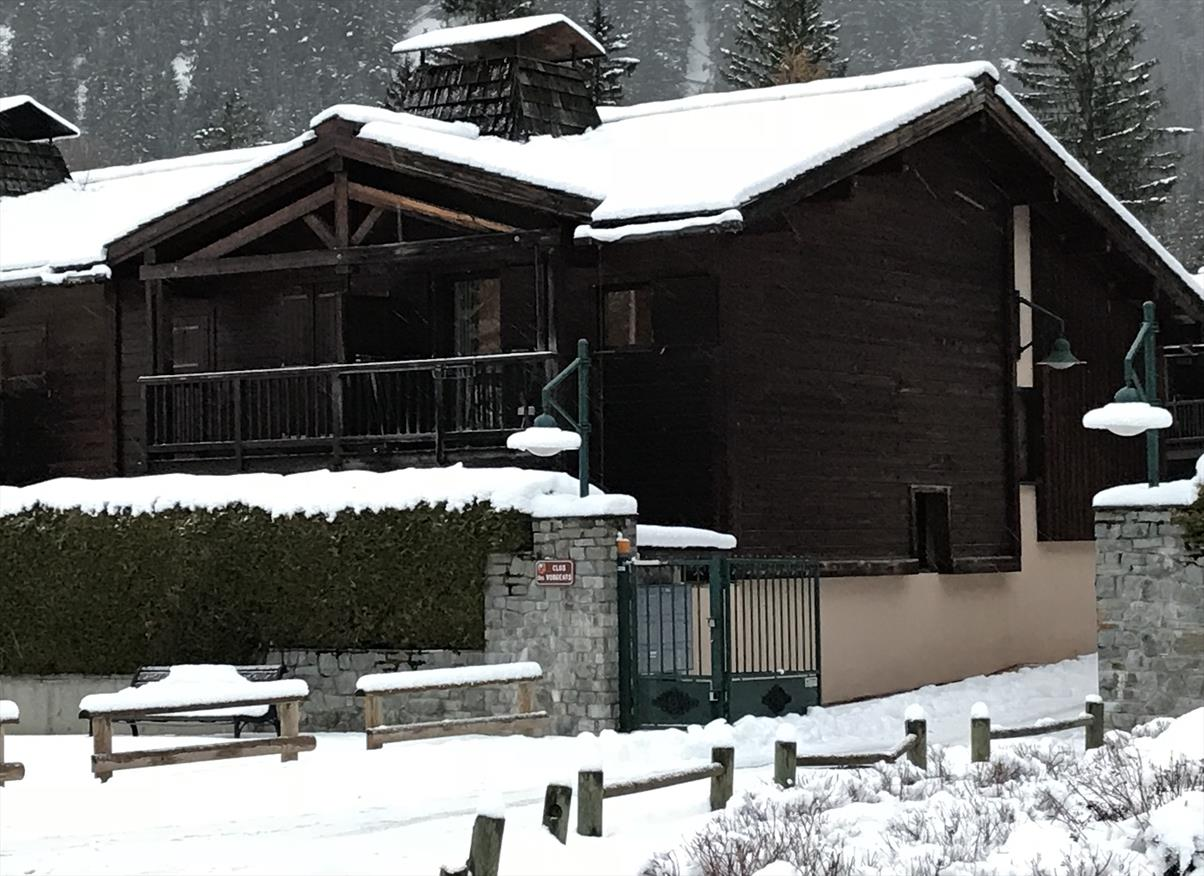 See details CHAMONIX MONT-BLANC Villa 4 rooms, 5 bedrooms