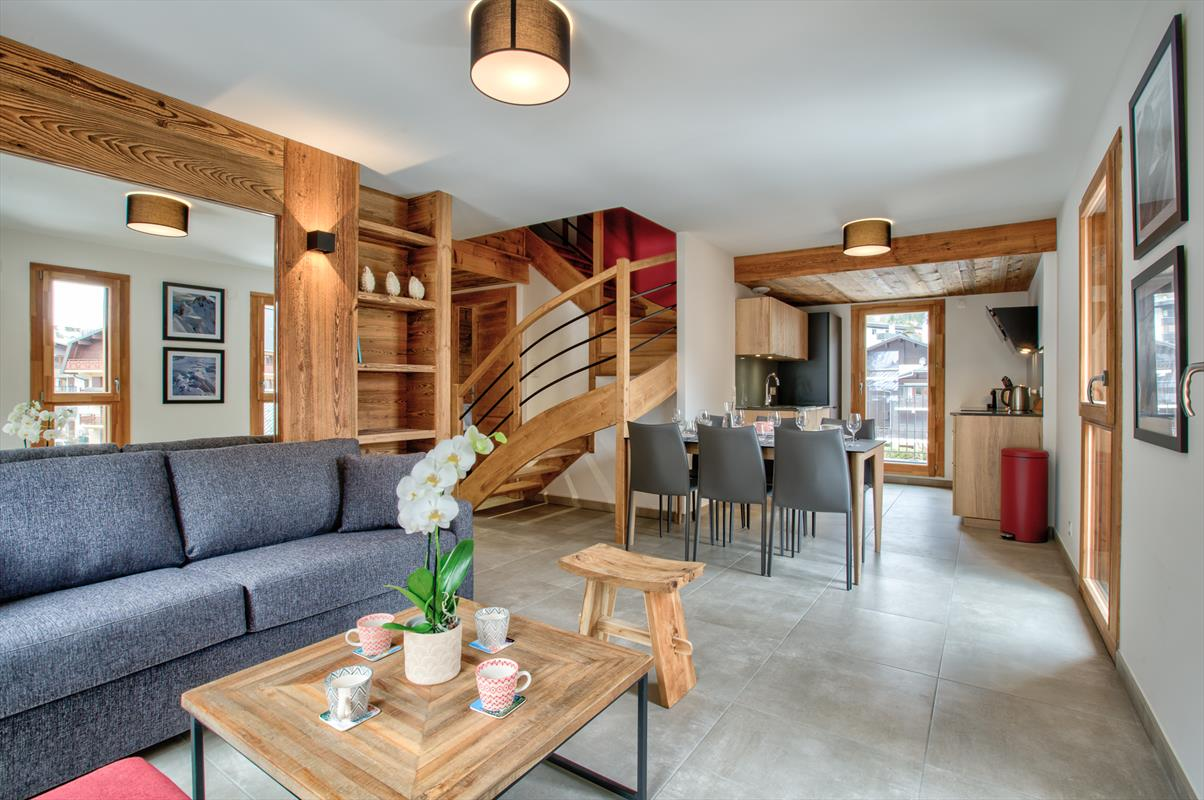 See details CHAMONIX MONT-BLANC Apartment 4 rooms, 5 bedrooms